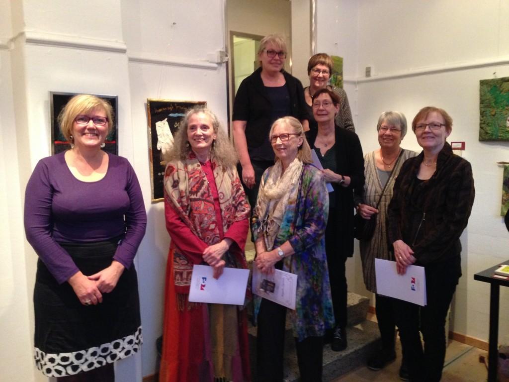 Fra venstre forrest: Bettina Andersen, Kirsten Hays, Margrethe Ingeman, Karina Miethe Madsen. I midten Hanne Elm-Larsen og Bente Svendsen. Bagerst: Anette Vestfall Høj og Inger Maaløe